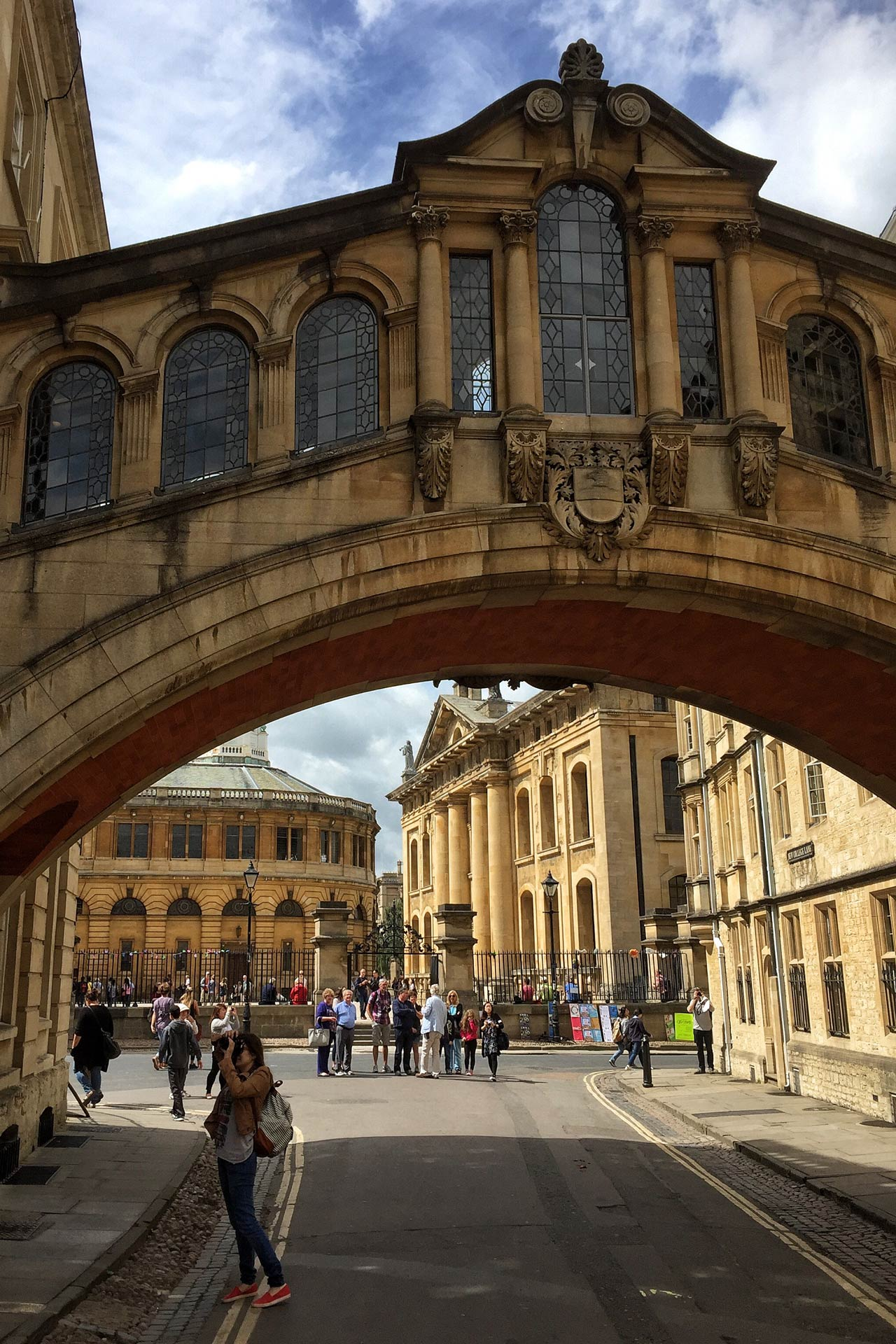 the bridge of sighs things to see do in oxford. Black Bedroom Furniture Sets. Home Design Ideas
